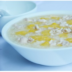 SWEET CORN SOUP WITH CHICKEN & EGG